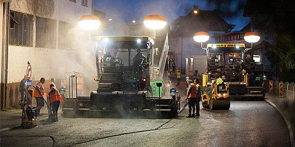 ///   Asphaltierungsarbeiten L203 Lustenau
